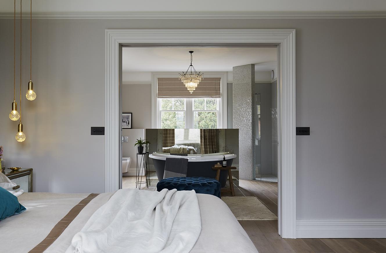 15 Bathroom Design Ideas and Trends (2021)