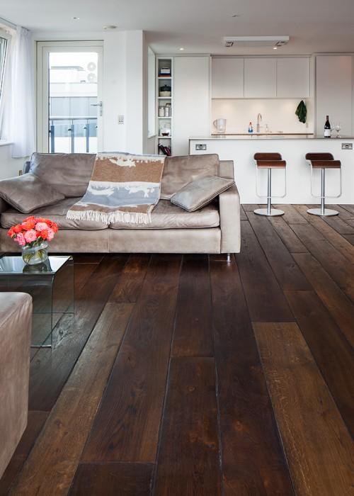 Traditional Brown Oak Wooden Floor