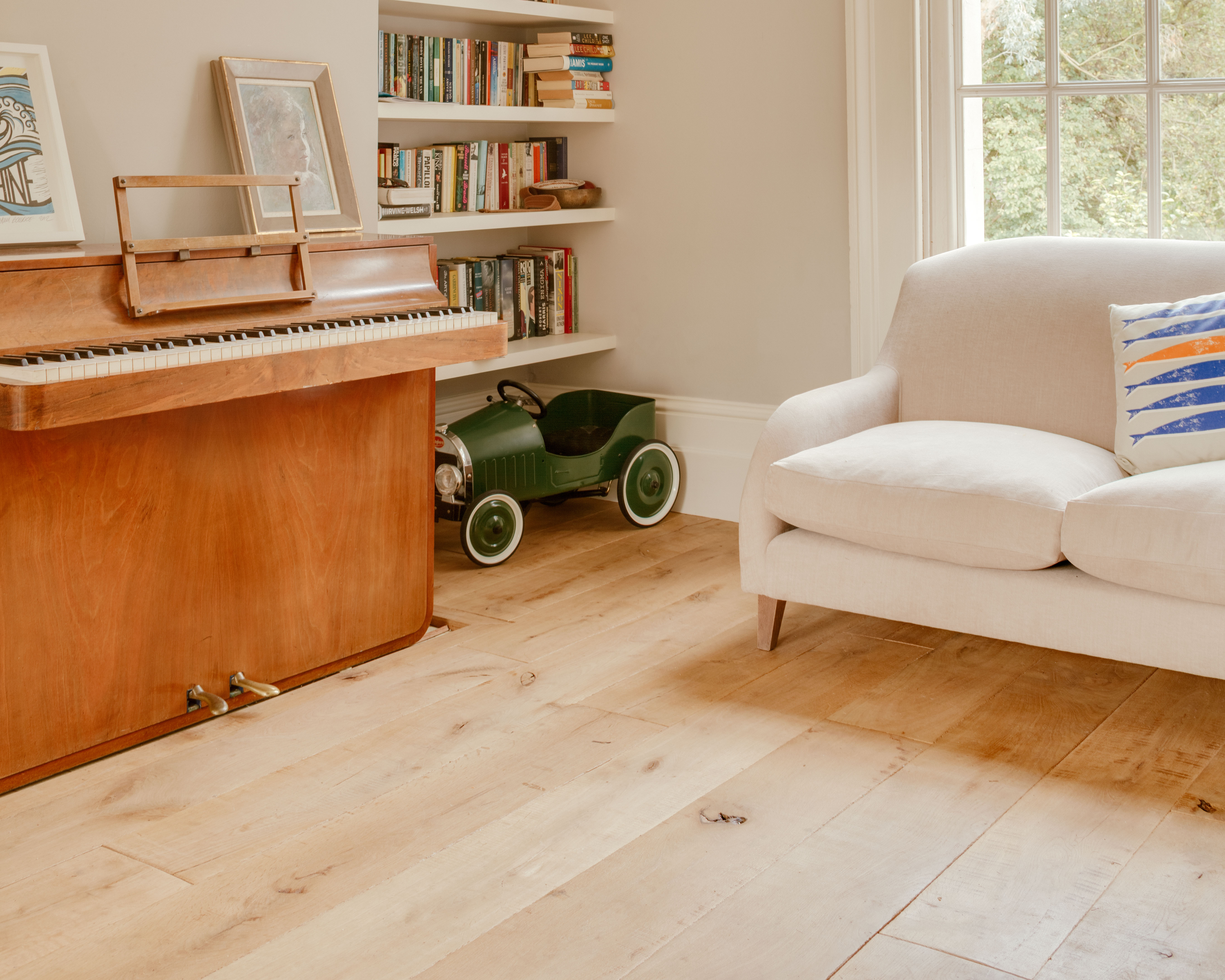 traditional and antique European Oak, solid or engineered