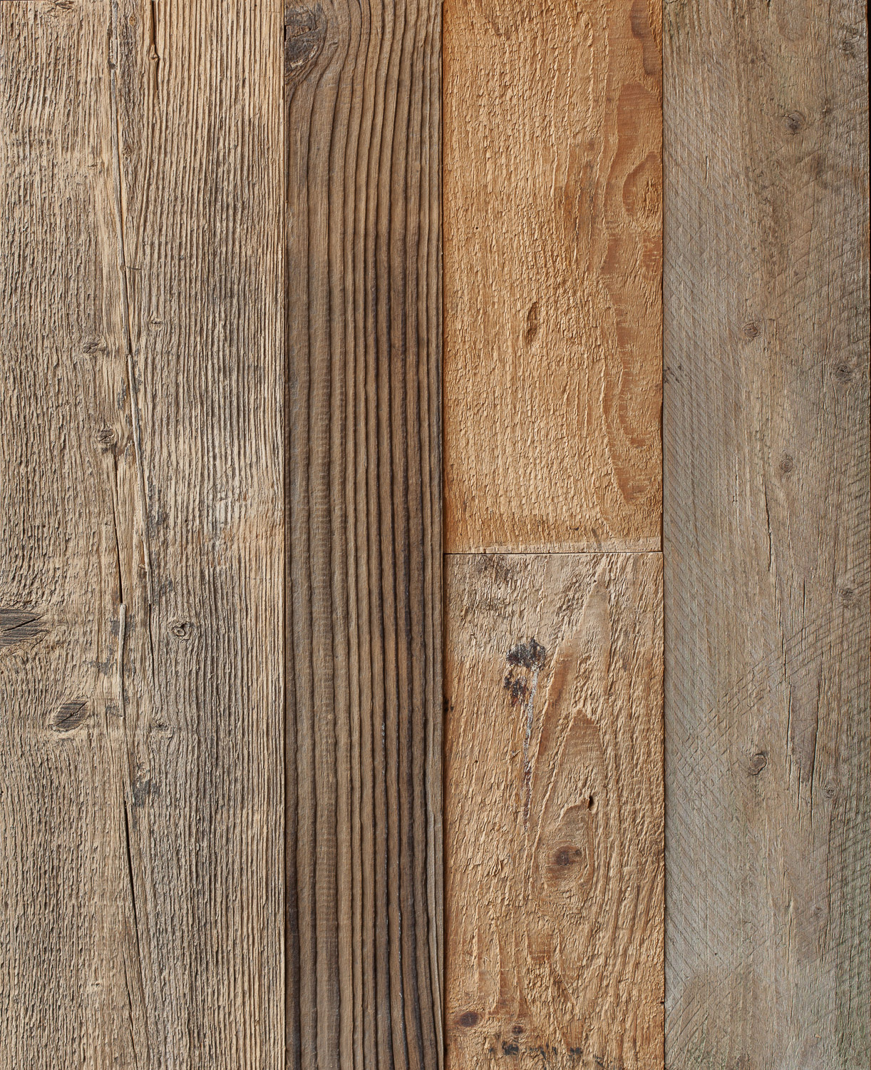 Reclaimed Pine Wall Cladding – Brown 15mm