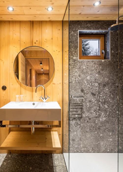 modern-mountain-chalet-bathroom-290617-1133-09