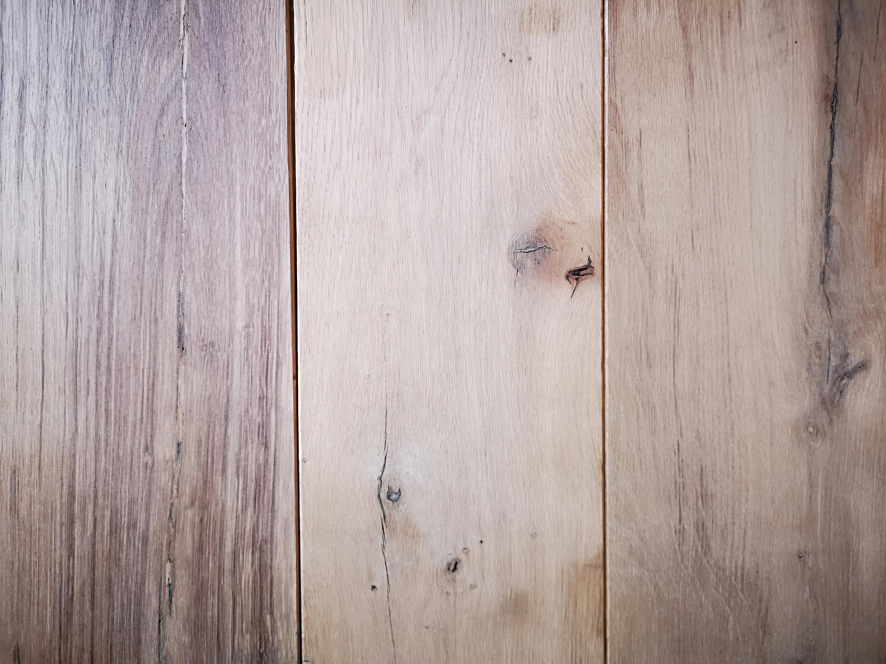 Reclaimed Wine Barrel – Engineered Oak Flooring