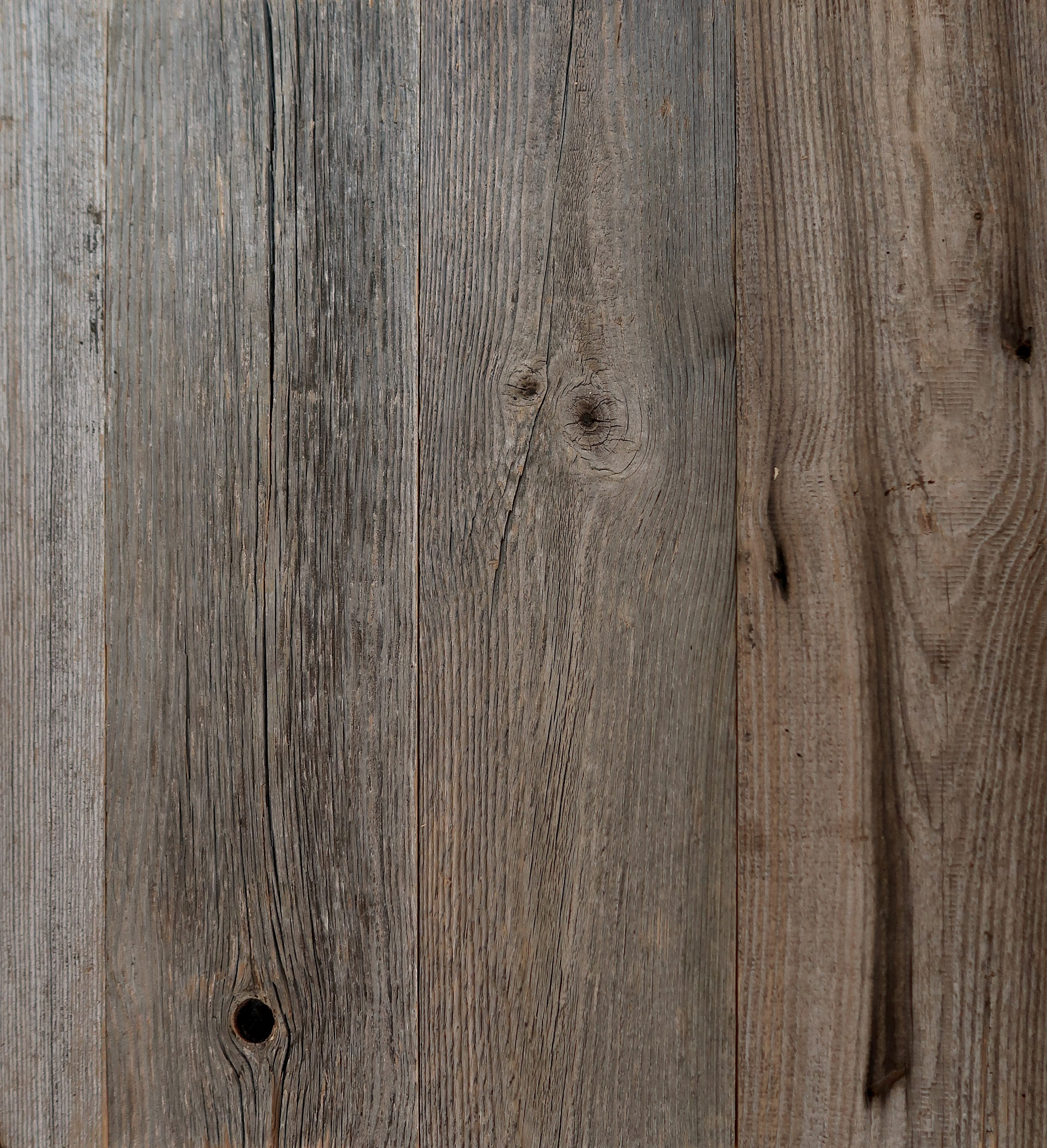 Nature: Reclaimed Pine Wall Cladding – Silver 8mm