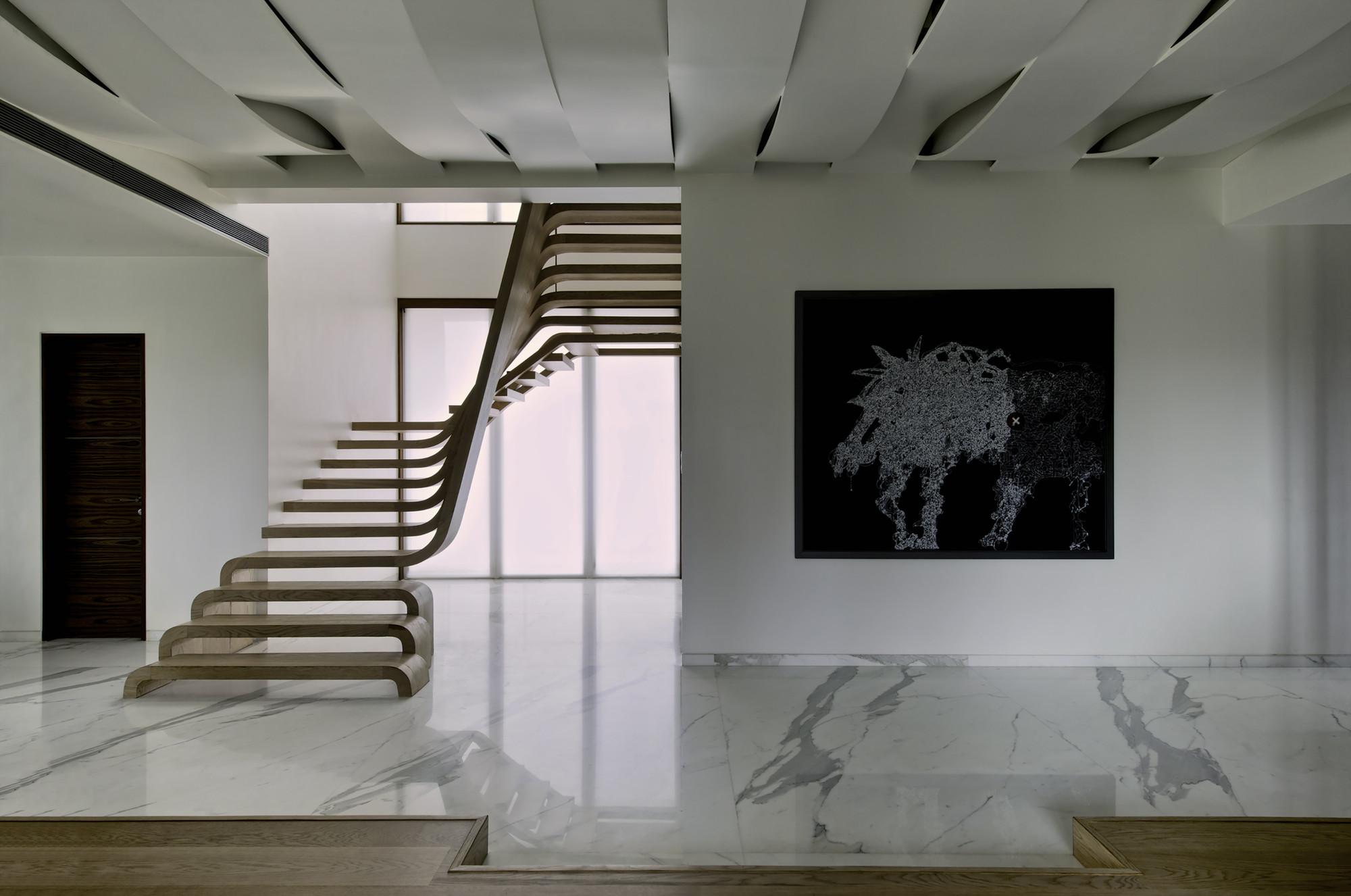 Striking Staircase Design