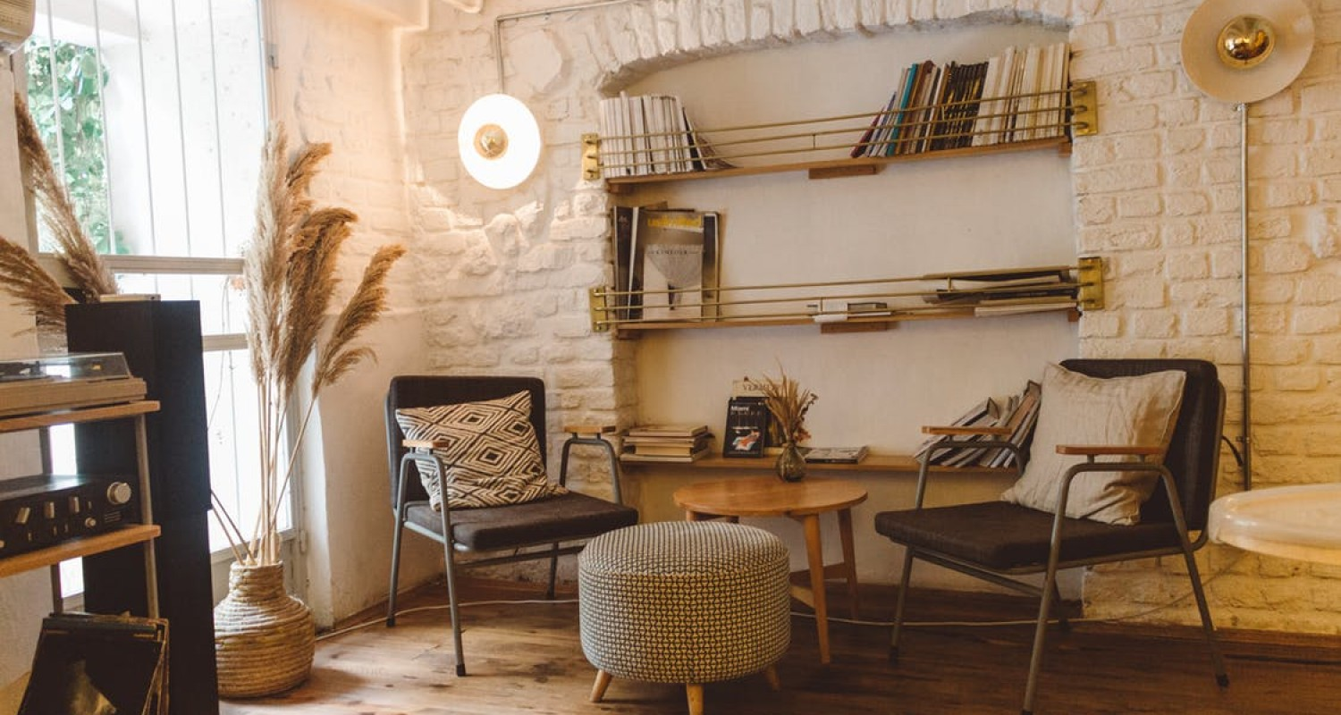 Top 10 Reclaimed Wood Furniture Ideas For Your Home