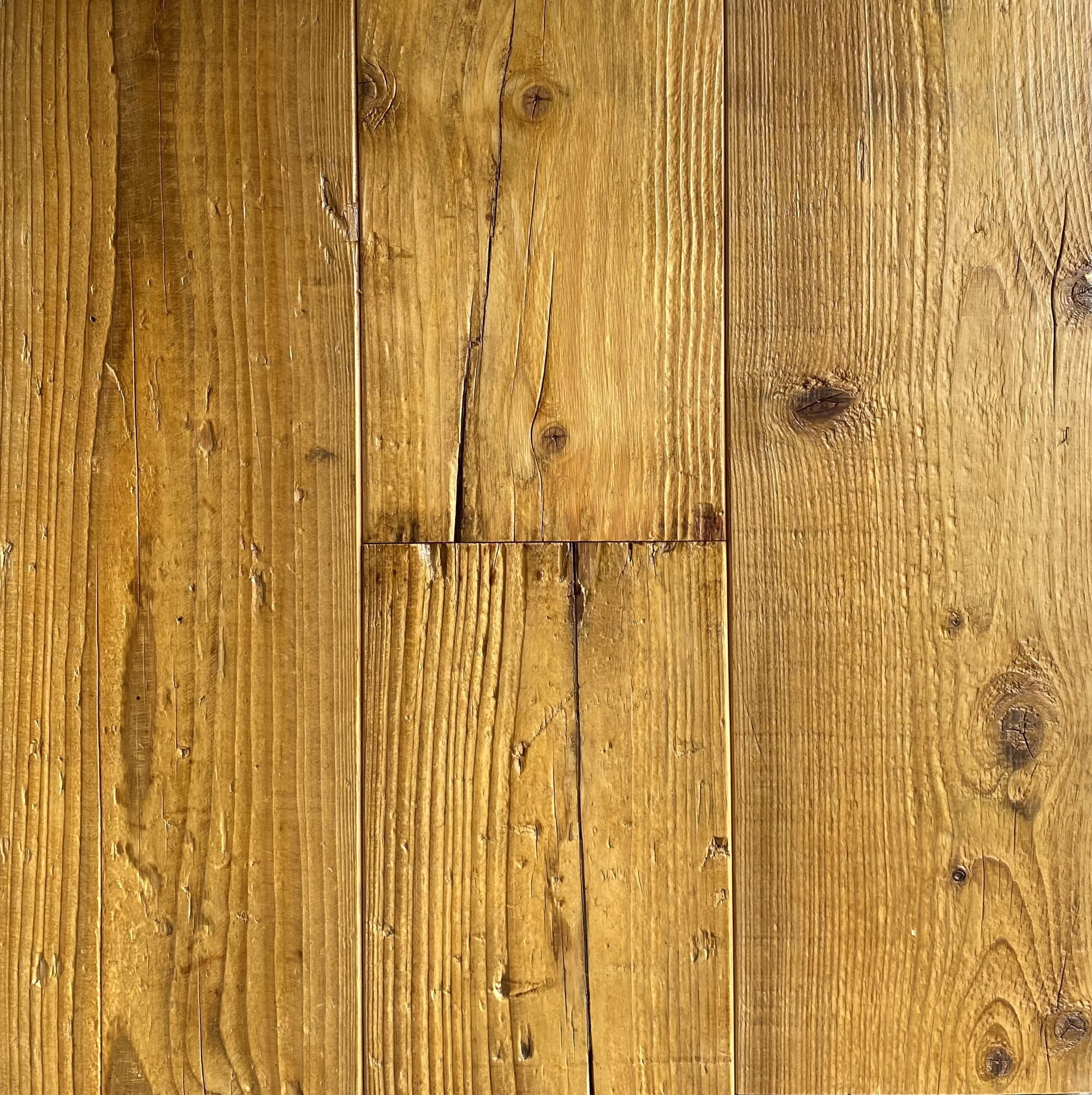 Mid Century Pine – Blackburn