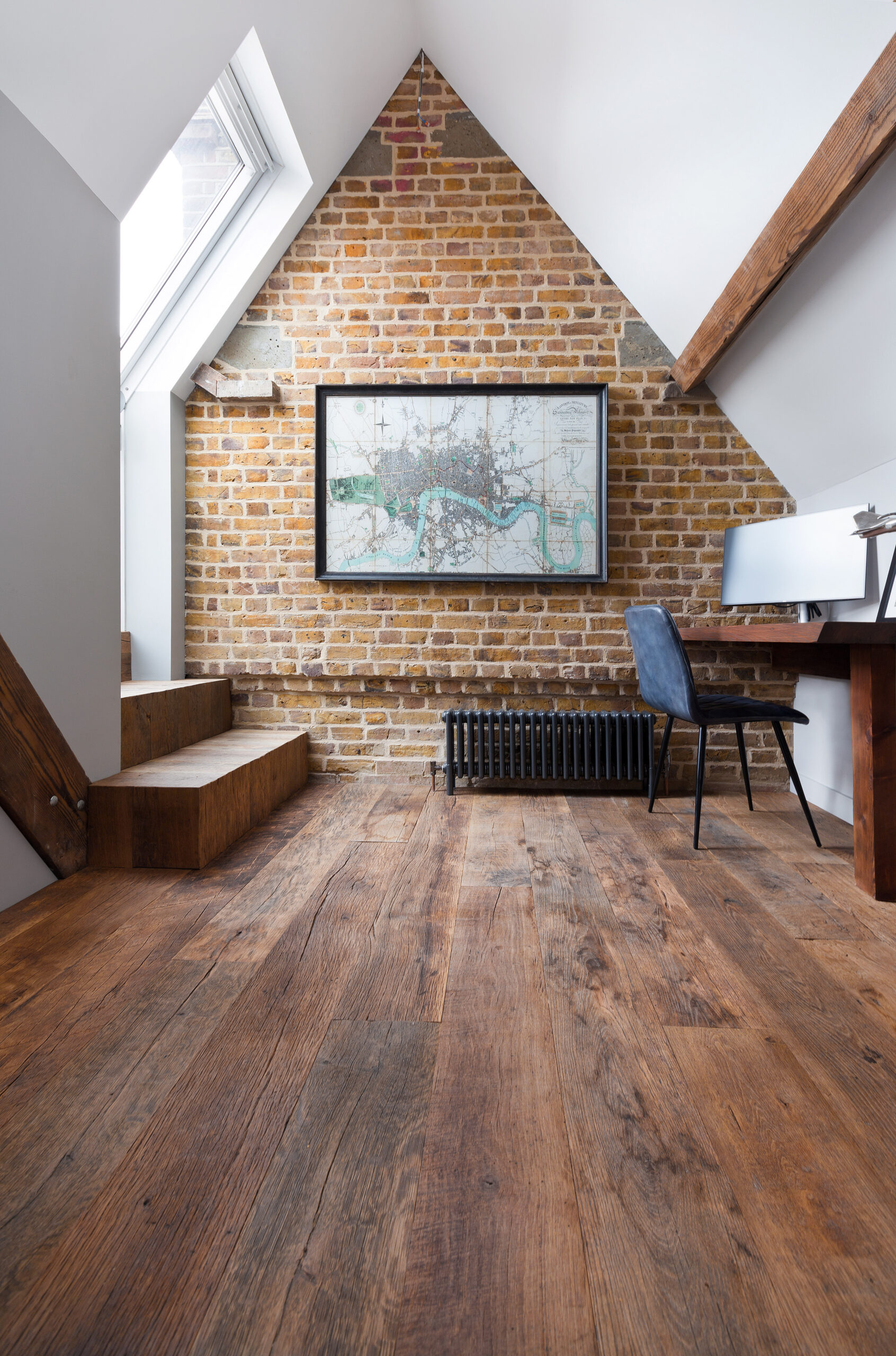 400-years-old wood renovation