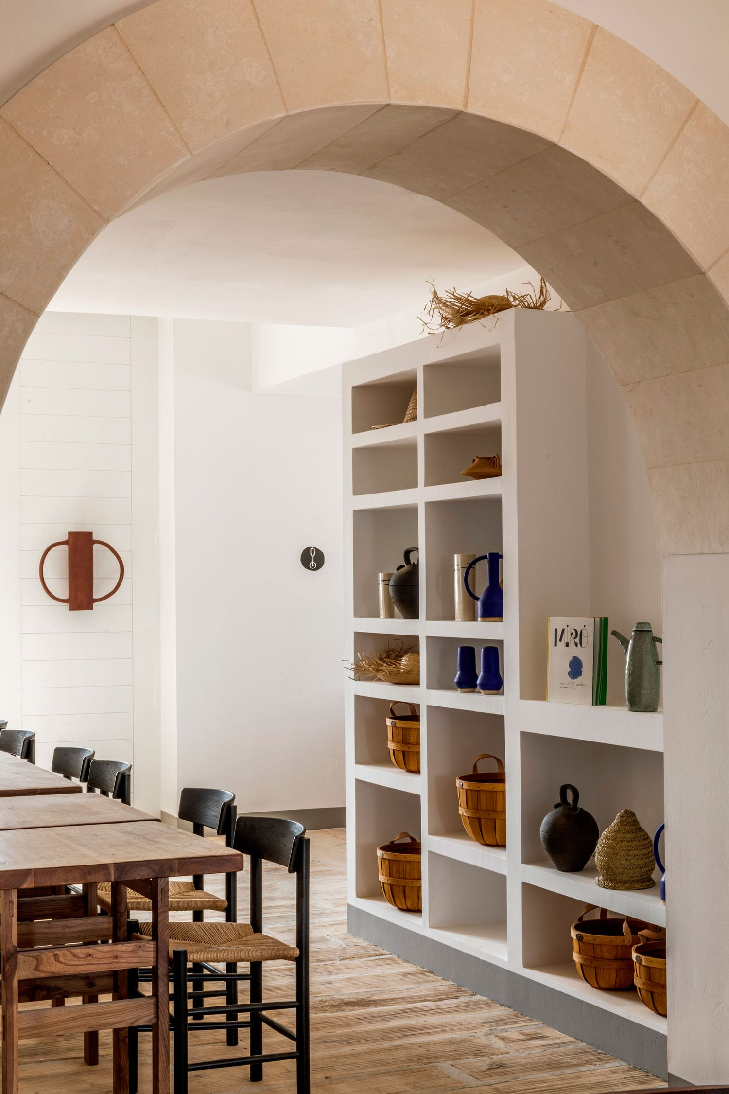 Menorca-Experimental-Hotel-Spain-by-Dorothee-Meilichzon-Yellowtrace-03